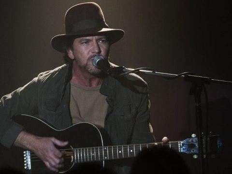 Eddie Vedder Twin Peaksben (Kép: news.radio.com)